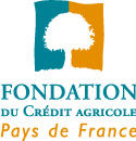Logo de la fondation du Crédit Agricole Pays De France, un arbre blanc sur fond divisé bleu vert et orange